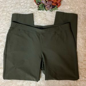 Eileen Fisher Army Green Legging Style Pants